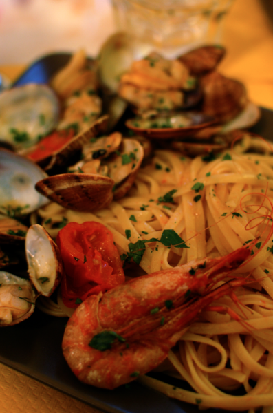 Linguine alle vongole, linguine with clams