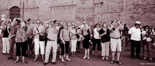 Tourists, and tourons, taking photos in Siena