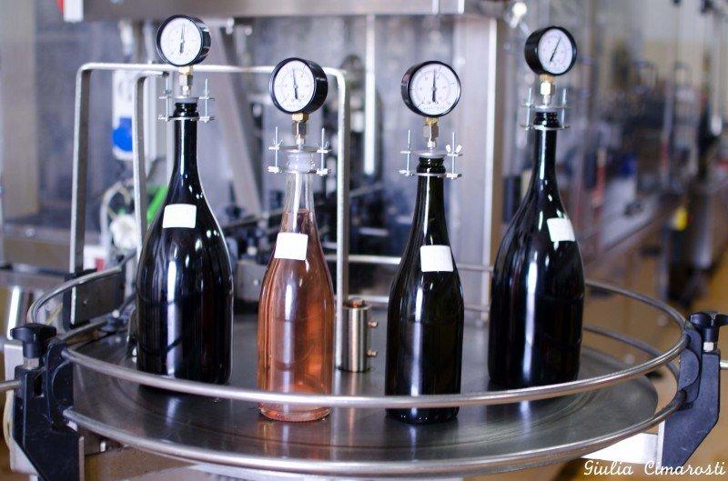 Measuring the bottles' pressure