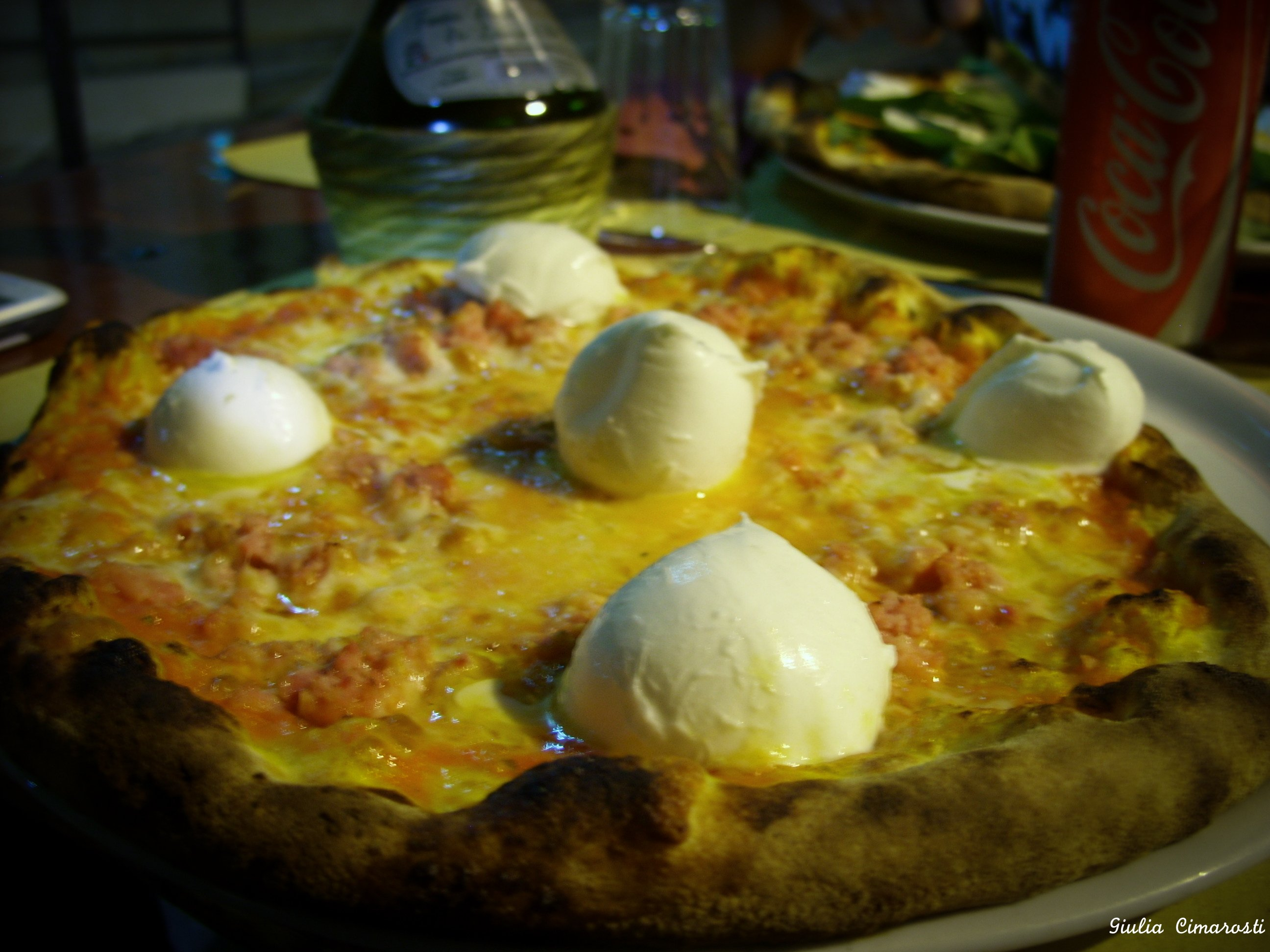 Pizza bufalina with buffalo milk mozzarella