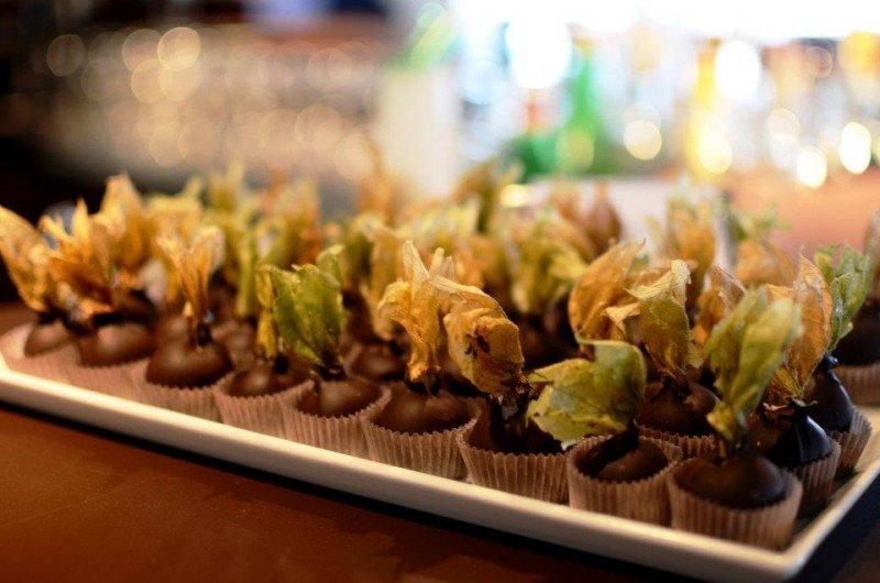 Akekenji chocolates