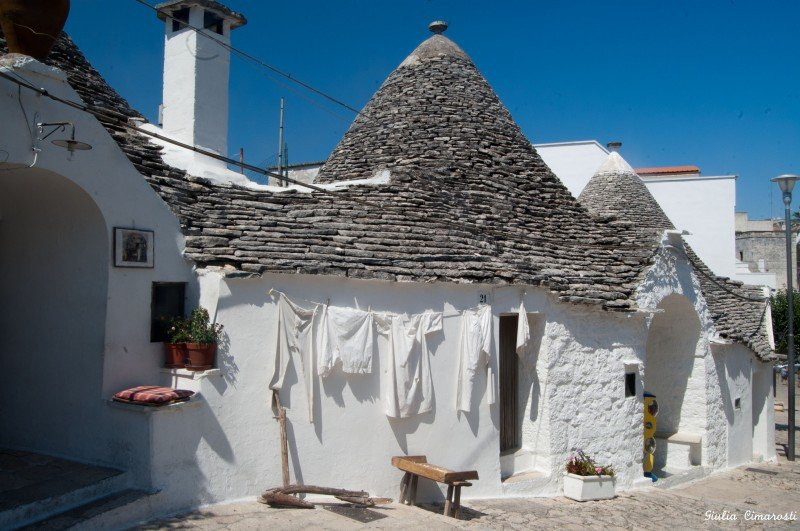 A Trullo with drying laundry... I found this very poetic