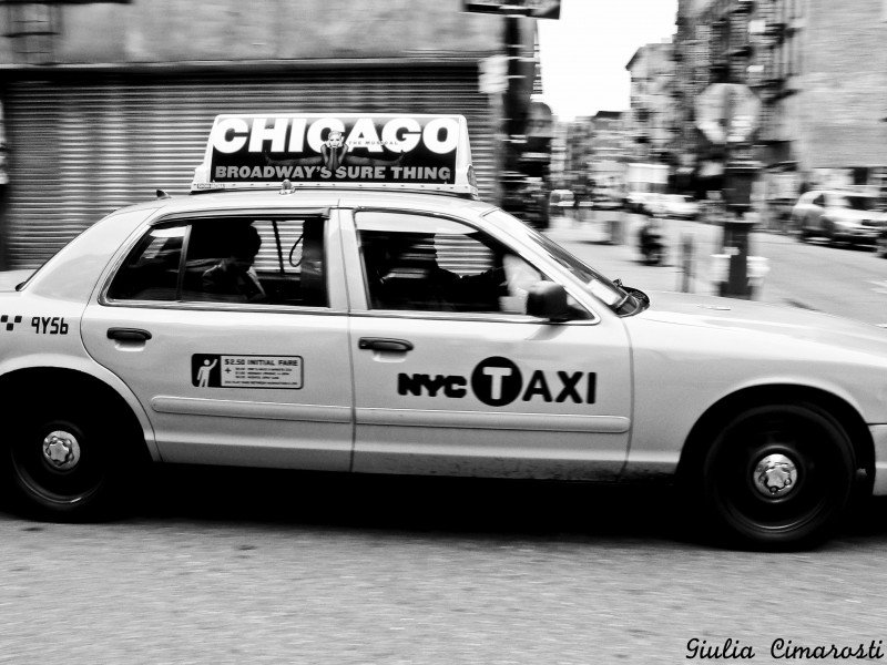 4: my taxi in the Lower East Side - motion