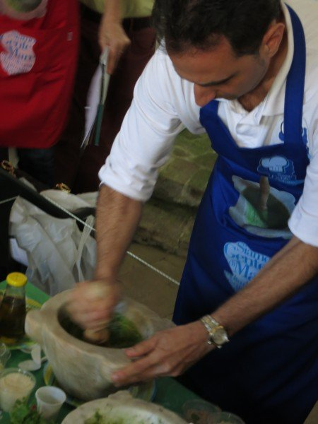 Roberto shows the right way to do Pesto with a mortar and pestel