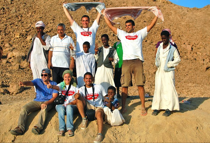 Volunteers and Bedouins - the dream team!