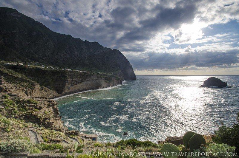 Pollara cliffs, Salina Island